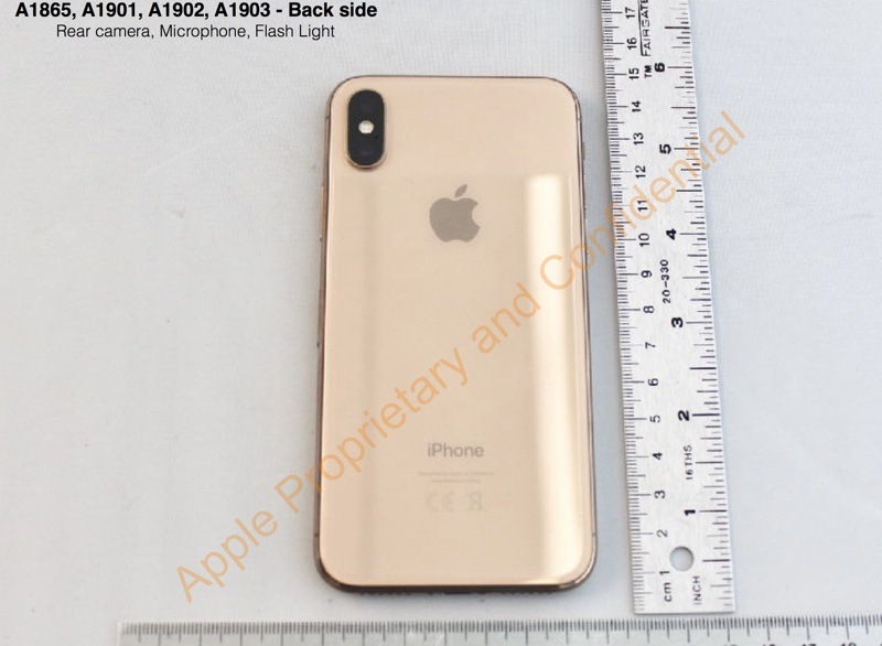 applegoldiphone1.jpg.b321d7d0dc5722fc8ced8e031481252b.jpg
