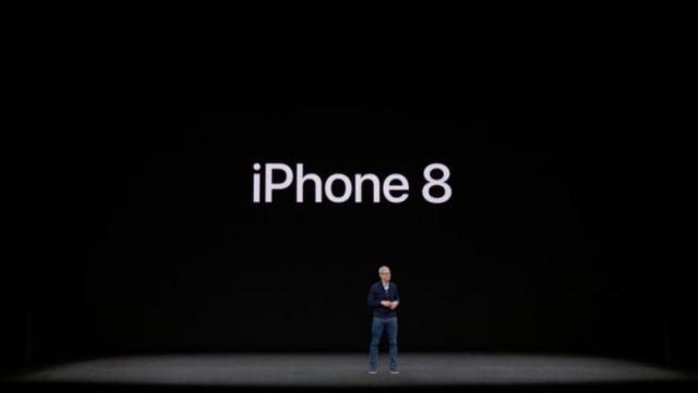 Apple_September_2017_iPhone_X_keynote_-2017-09-12.thumb.jpg.3db2863be71e59710d2d287ecdf68588.jpg