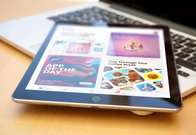 iOS-11-App-Store.thumb.jpg.cf8dc065c3494bcd5806e04668122de4.jpg