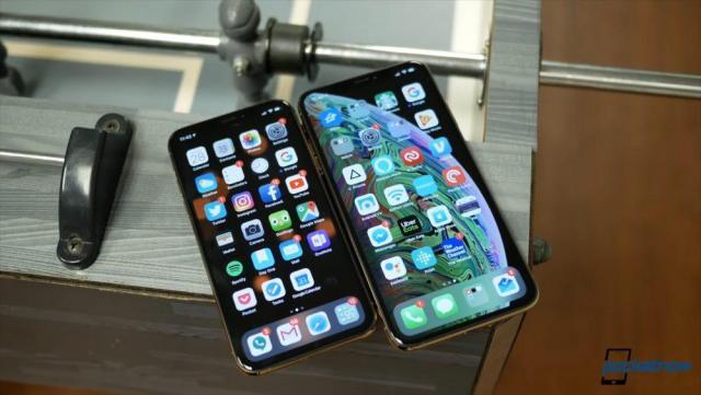 iphone-xs-xsmax-1000x563.thumb.jpg.44ea2891d9819d44d40404c72bd57ff1.jpg