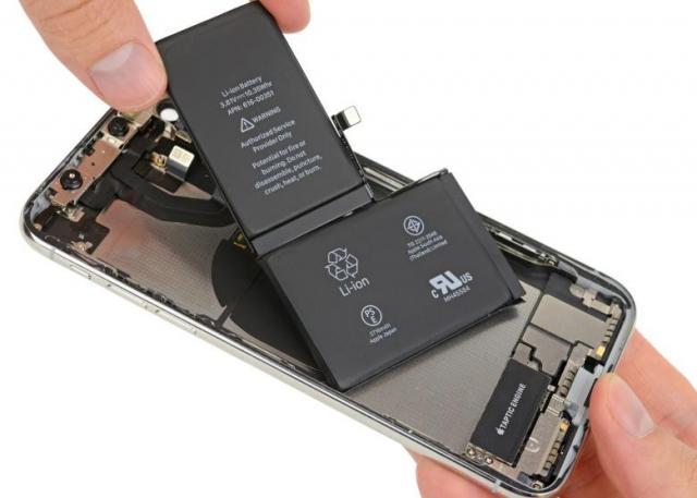 iPhone-X-battery.thumb.jpg.88c74f1c00a5d445af8757204e2e7c49.jpg